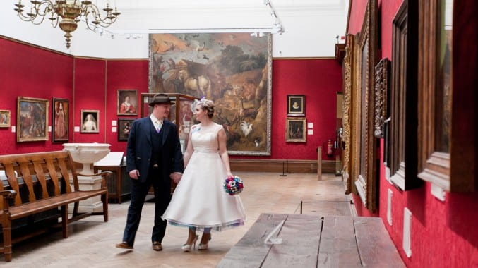 Photo of a married couple in the european masters gallery at Bristol Museum