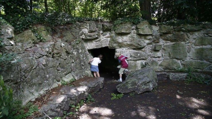 Workshop: Giant Outdoor Adventure Story