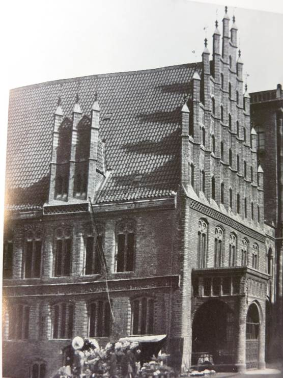 "Black and white photograph showing ""Altes Rathaus"", the Old City Hall in pre-war times: the original location of Hannover Archives."