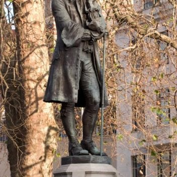 Image of the Edward Colston statue in Bristol city centre