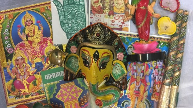 School loan box: Hindu Faith and Diwali Festival